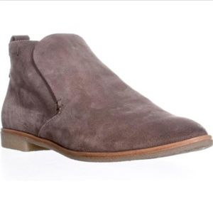 NEW Dolce Vita Colt Taupe Suede Booties Shoes 7.5